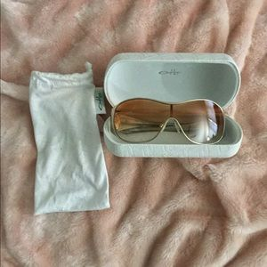 Women's Oakley Sunglasses (limited edition)